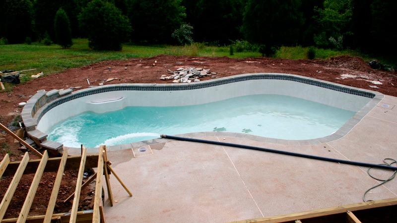 Fall Season Pool Construction